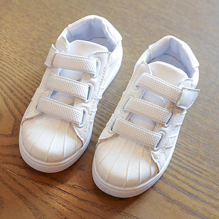 Boy And Girl Fashion Shoes