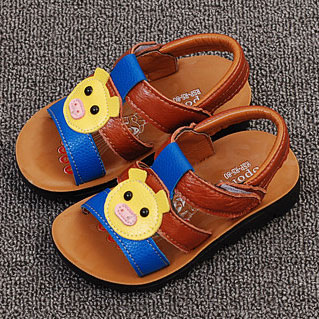 Cartoon Pig Pattern Velcro Shoes