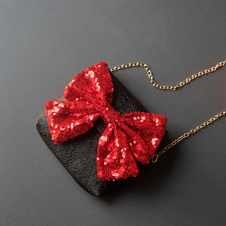 Sequin Bowknot Decorated Crossody Bag