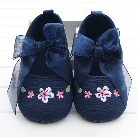 Bowknot Decorated Flower Embroidered Prewalker