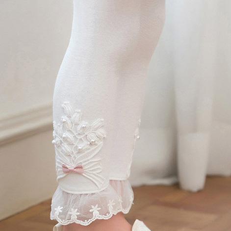 Flower Lace Bowknot Decorated Cotton Leggings
