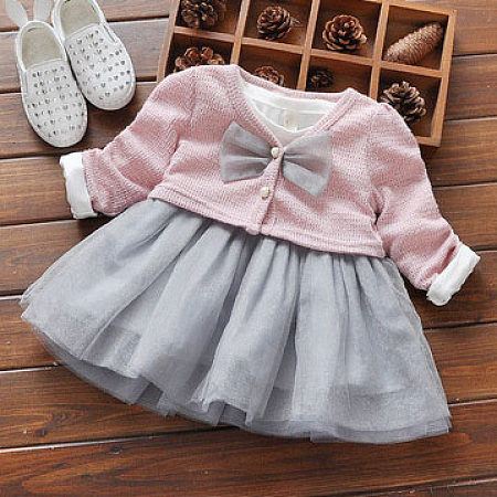 V Neck Bowknot Decorated  Button Tulle Dress