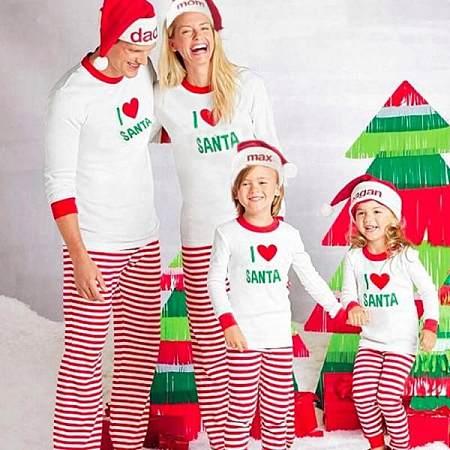 I LOVE SANTA Printed 2-Piece Family Matching Pajamas, 3775160