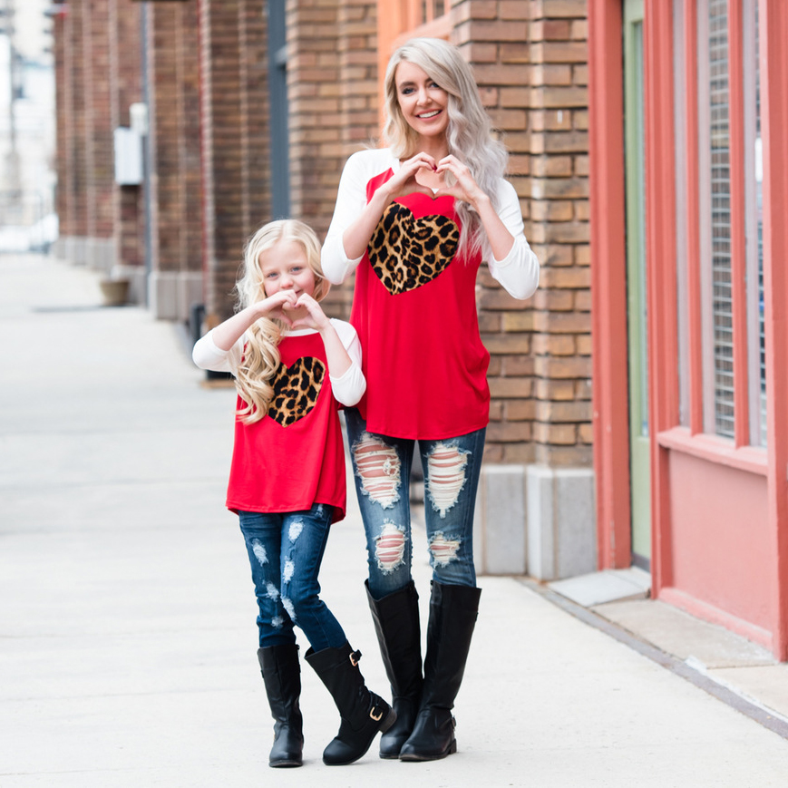 Mom Girl Color Block Heart Pattern Matching Top