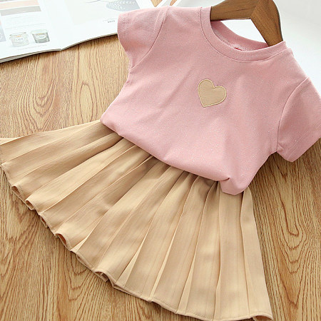 Heart Pattern Tee Pleated Skirt Sets