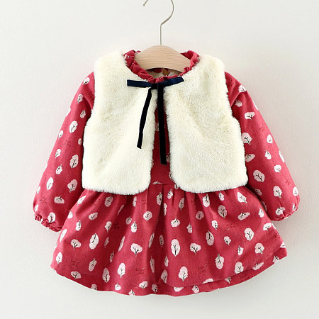 Elegant Leaf Pattern Top And Plush Wasitcoat Set