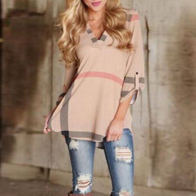Plaid V-Neck 3/4 Sleeve Curved Hem Tee
