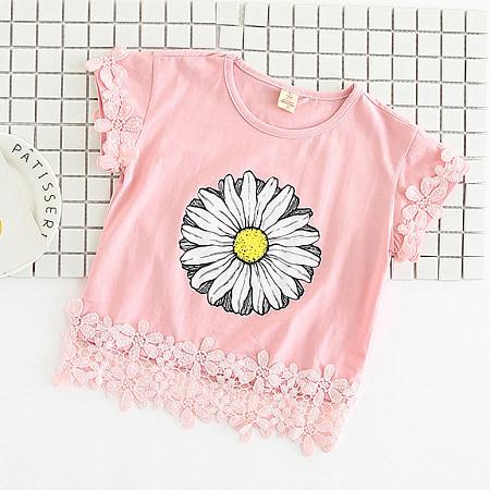 Lace Flower Patchwork Chrysanthemum Pattern T-Shirt