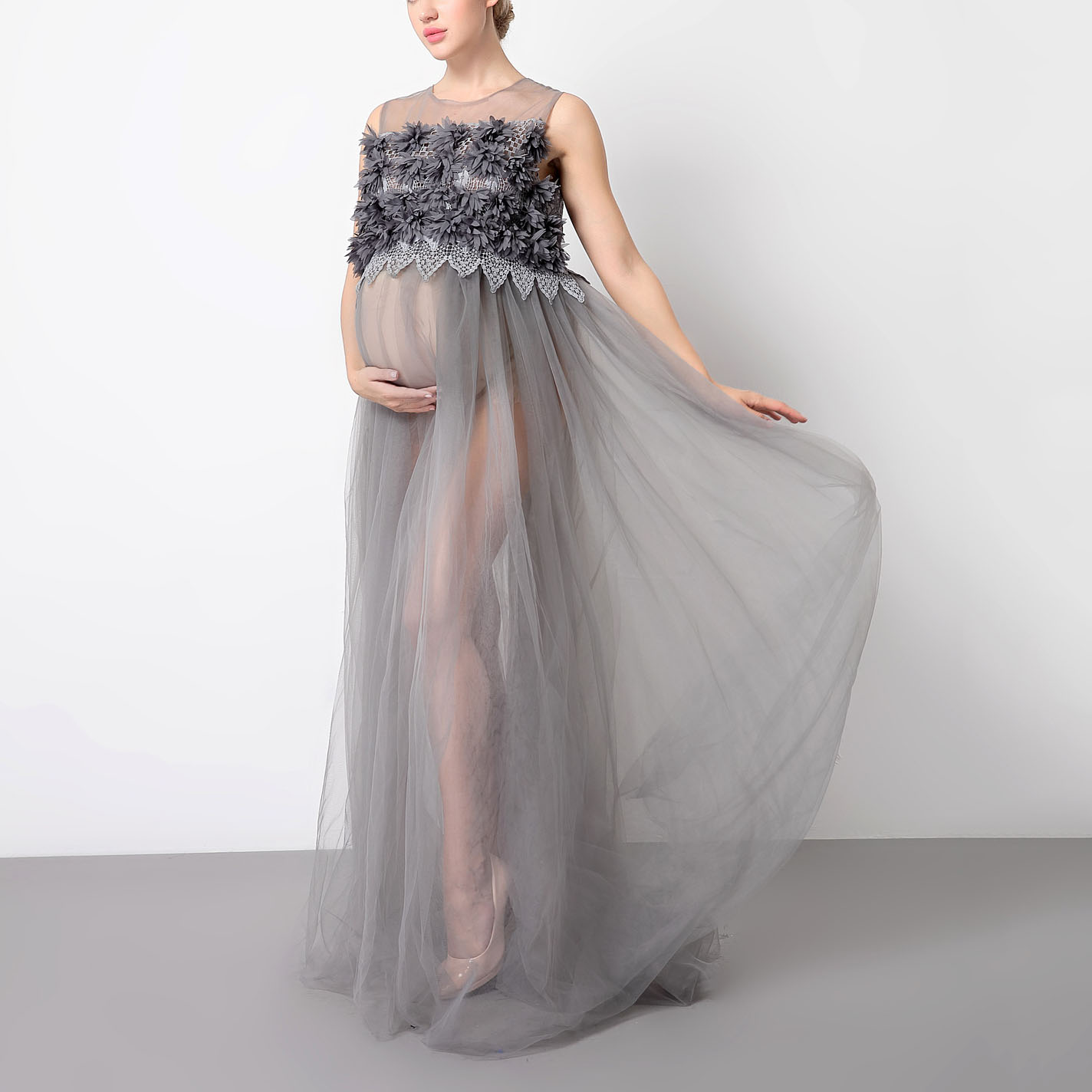 Maternity Graceful Solid Gray Sleeveless Lace Maxi Dress